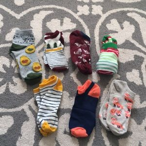 Lot of 7 Target socks